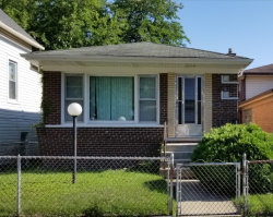 Photo of 1139 E 82nd Place, CHICAGO, IL 60619 (MLS # 09704014)