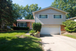 Photo of 1806 E Cree Lane, MOUNT PROSPECT, IL 60056 (MLS # 09715836)