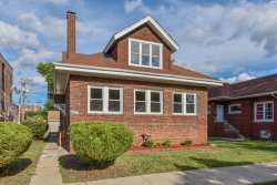 Photo of 7517 S Paxton Avenue, CHICAGO, IL 60649 (MLS # 09727125)