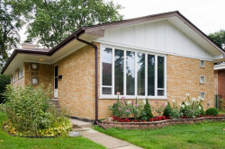 Photo of 7255 N Keating Avenue, LINCOLNWOOD, IL 60712 (MLS # 09752655)