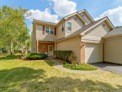 Photo of 1425 Golfview Drive, GLENDALE HEIGHTS, IL 60139 (MLS # 09753214)