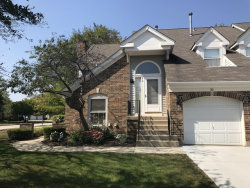 Photo of 30 Willow Parkway, BUFFALO GROVE, IL 60089 (MLS # 09754206)