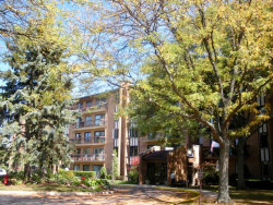 Photo of 601 Lake Hinsdale Drive, Unit Number 406, WILLOWBROOK, IL 60527 (MLS # 09758640)