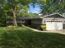 Photo of 28003 N Lakeview Circle, MCHENRY, IL 60051 (MLS # 09774916)