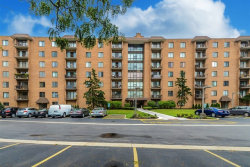 Photo of 1727 W Crystal Lane, Unit Number 707, MOUNT PROSPECT, IL 60056 (MLS # 09778077)