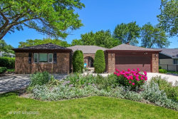 Photo of 2640 Woodlawn Road, NORTHBROOK, IL 60062 (MLS # 09779531)