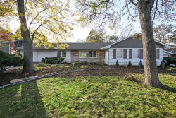 Photo of 7010 Hillsdale Road, COUNTRYSIDE, IL 60525 (MLS # 09797502)