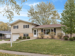 Photo of 6631 Fairmount Avenue, DOWNERS GROVE, IL 60516 (MLS # 09798891)