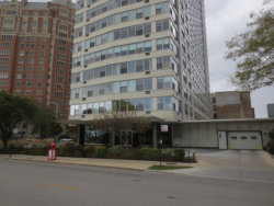 Photo of 3900 N Lake Shore Drive, Unit Number 21G, CHICAGO, IL 60613 (MLS # 09801292)