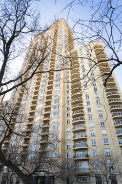 Photo of 2550 N Lakeview Avenue, Unit Number N306, CHICAGO, IL 60614 (MLS # 09802363)