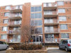 Photo of 2200 S Stewart Avenue, Unit Number 4A, LOMBARD, IL 60148 (MLS # 09802594)