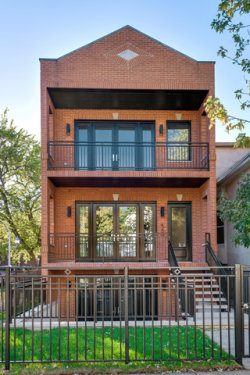 Photo of 4200 N Whipple Street, CHICAGO, IL 60618 (MLS # 09803902)