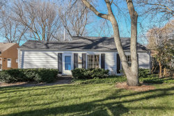 Photo of 1420 Sycamore Lane, NORTHBROOK, IL 60062 (MLS # 09803926)