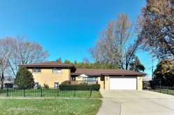 Photo of 400 Orchard Terrace, ROSELLE, IL 60172 (MLS # 09806671)