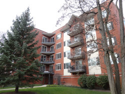 Photo of 2601 Central Street, Unit Number 205, EVANSTON, IL 60201 (MLS # 09809076)