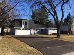 Photo of 1829 Holly Avenue, NORTHBROOK, IL 60062 (MLS # 09810063)