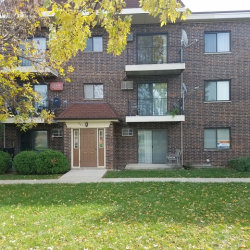 Photo of 961 N Rohlwing Road, Unit Number GB, ADDISON, IL 60101 (MLS # 09811600)