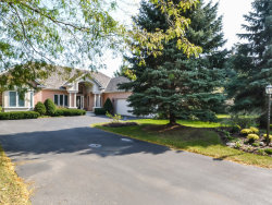Photo of 6330 Valley View Lane, LONG GROVE, IL 60047 (MLS # 09812034)