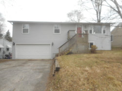 Photo of 5305 N Highland Drive, MCHENRY, IL 60050 (MLS # 09817446)