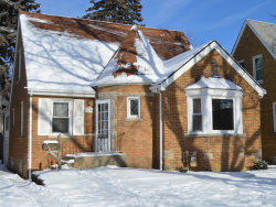Photo of 2548 W 110th Street, CHICAGO, IL 60655 (MLS # 09818607)
