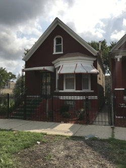 Photo of 705 N Ridgeway Avenue, CHICAGO, IL 60624 (MLS # 09818975)