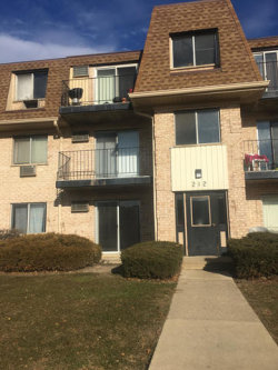 Photo of 212 Shorewood Drive, Unit Number 1D, GLENDALE HEIGHTS, IL 60139 (MLS # 09820927)
