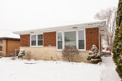 Photo of 7406 Keystone Avenue, SKOKIE, IL 60076 (MLS # 09835374)