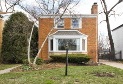 Photo of 6831 N Lowell Avenue, LINCOLNWOOD, IL 60712 (MLS # 09835901)
