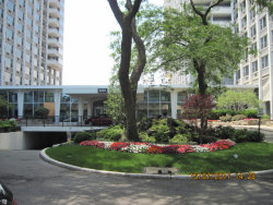 Photo of 4250 N Marine Drive, Unit Number 1004, CHICAGO, IL 60613 (MLS # 09837930)