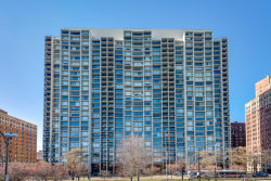 Photo of 3200 N Lake Shore Drive, Unit Number 1709, CHICAGO, IL 60657 (MLS # 09838920)