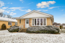 Photo of 921 Cromwell Avenue, WESTCHESTER, IL 60154 (MLS # 09840198)