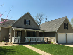 Photo of 428 N 2579th Road, OGLESBY, IL 61348 (MLS # 09844350)