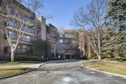 Photo of 1175 Lake Cook Road, Unit Number 405W, NORTHBROOK, IL 60062 (MLS # 09852742)