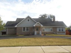 Photo of 951 Meadowlawn Avenue, DOWNERS GROVE, IL 60516 (MLS # 09856104)