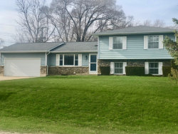 Photo of 611 N Kent Road, MCHENRY, IL 60051 (MLS # 09856546)