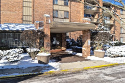 Photo of 301 Lake Hinsdale Drive, Unit Number 208, WILLOWBROOK, IL 60527 (MLS # 09858018)