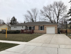 Photo of 85 Chandler Lane, HOFFMAN ESTATES, IL 60169 (MLS # 09859611)