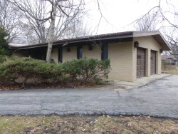 Photo of 200 E Thorndale Avenue, ROSELLE, IL 60172 (MLS # 09861111)