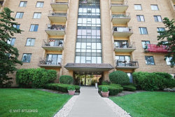 Photo of 1727 W Crystal Lane, Unit Number 710, MOUNT PROSPECT, IL 60056 (MLS # 09862965)
