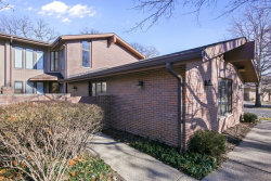 Photo of 1441 Fox Lane, Unit Number 10F, HINSDALE, IL 60521 (MLS # 09863133)