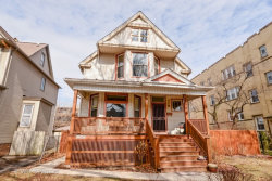 Photo of 1302 W Winona Street, CHICAGO, IL 60640 (MLS # 09865742)
