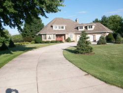 Photo of 14N958 Whispering Trail, HAMPSHIRE, IL 60140 (MLS # 09867249)