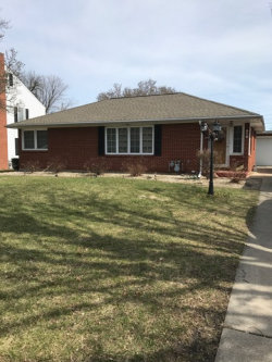 Photo of 976 Bergen Avenue, OTTAWA, IL 61350 (MLS # 09877040)