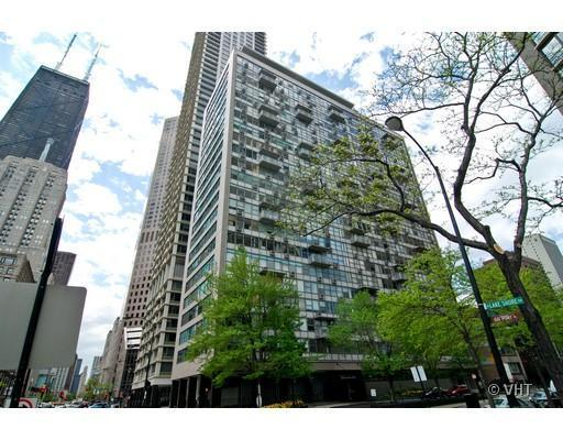 Photo for 1000 N Lake Shore Drive, Unit Number 2204, CHICAGO, IL 60611 (MLS # 09879985)