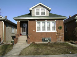 Photo of 6150 W Cornelia Avenue, CHICAGO, IL 60634 (MLS # 09885513)
