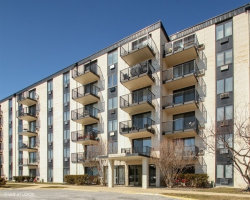 Photo of 9128 W Terrace Drive, Unit Number 2K, NILES, IL 60714 (MLS # 09887111)