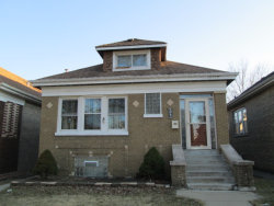 Photo of 5843 W Henderson Street, CHICAGO, IL 60634 (MLS # 09889065)