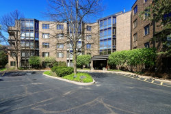 Photo of 601 Mulberry Place, Unit Number 2H, HIGHLAND PARK, IL 60035 (MLS # 09890102)