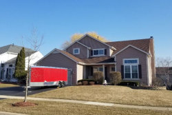 Photo of 660 Willow Drive, CAROL STREAM, IL 60188 (MLS # 09898788)
