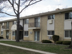 Photo of 530 Chase Drive, Unit Number 9, CLARENDON HILLS, IL 60514 (MLS # 09911816)